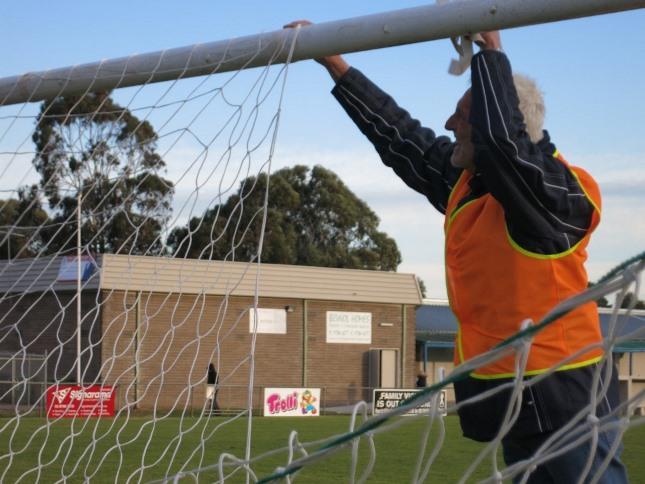 Gary Hodgson takes down net