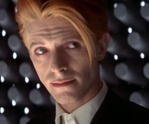 the-man-who-fell-to-earth-david-bowie